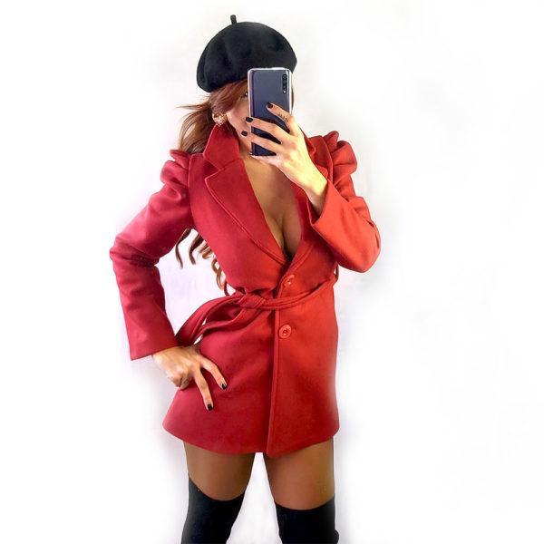 abrigo manga abullonada red velvet