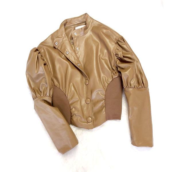 chaqueta polipiel manga abullonada