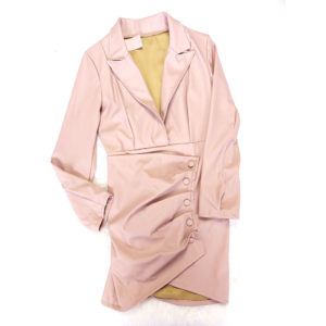 vestido de cuero rosa