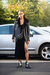 vestido negro mujer biker oversize