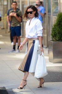 vicky falda plisada blanca