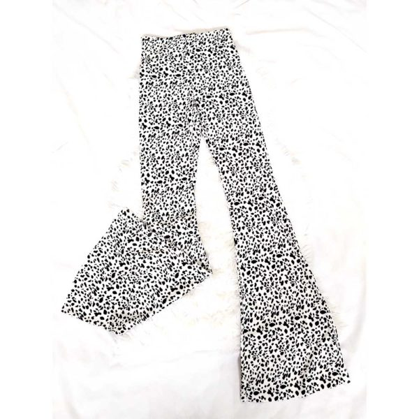 pantalon campana animal print blanco